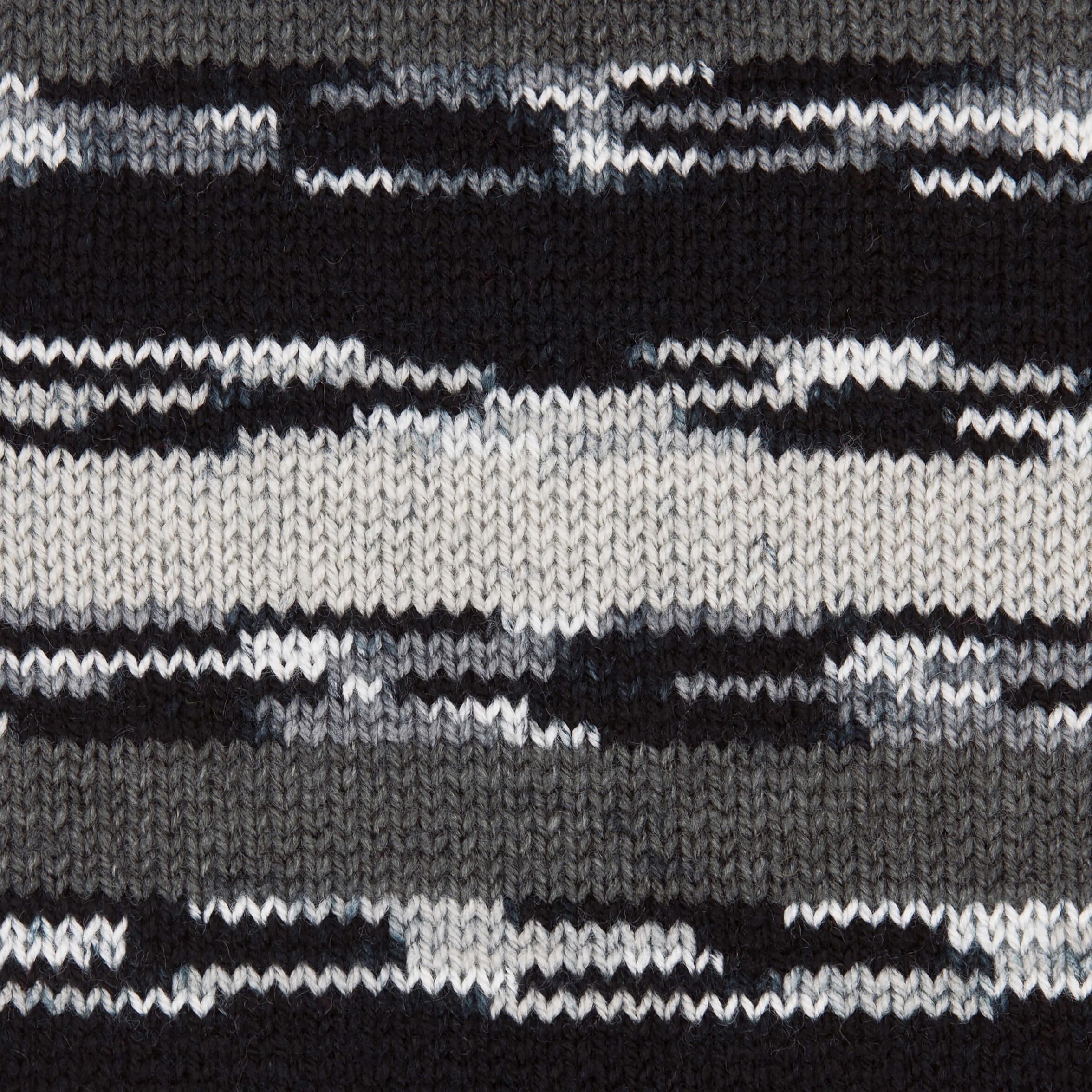 hellgrau-anthrazit-schwarz-weiß