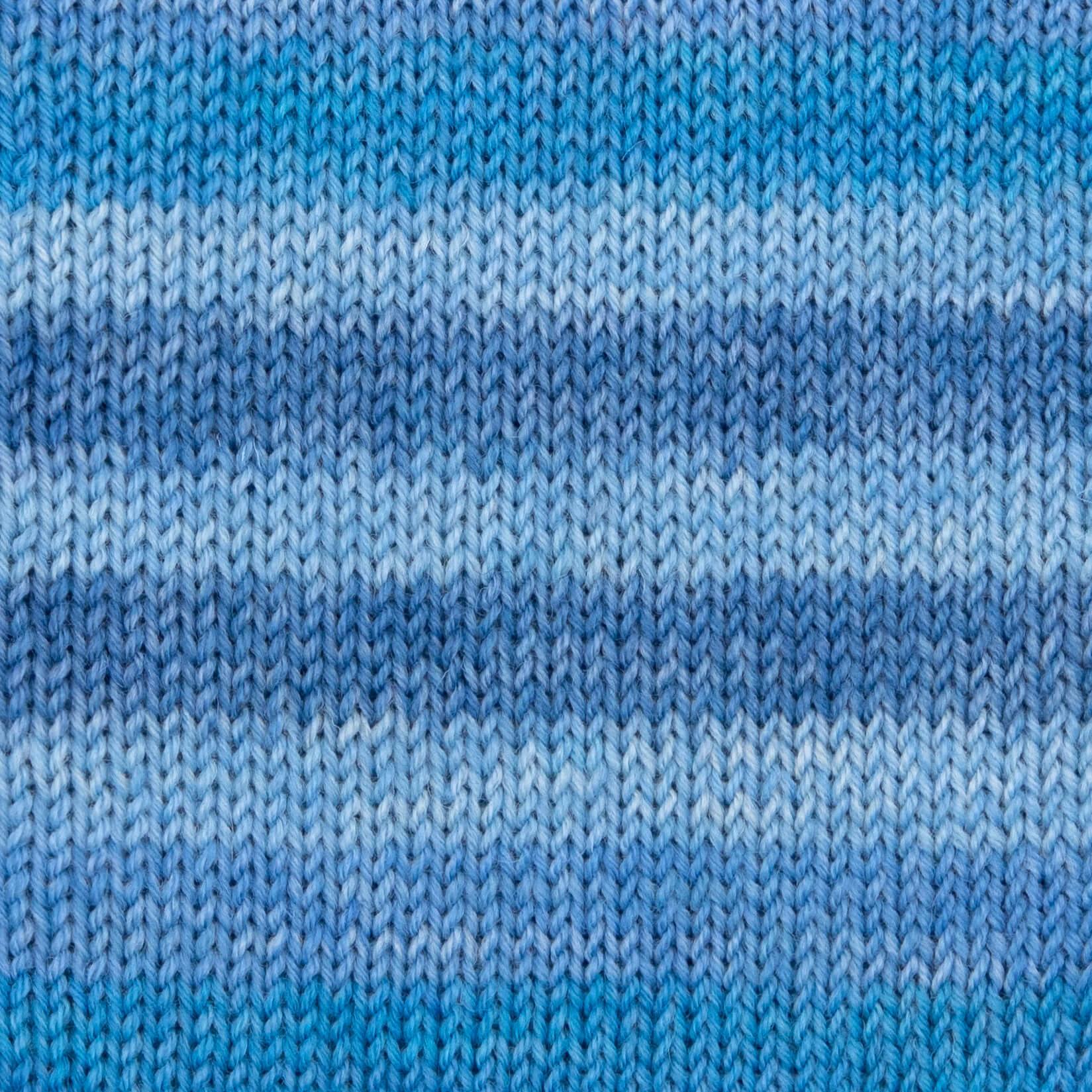 hellblau-blau-meliert